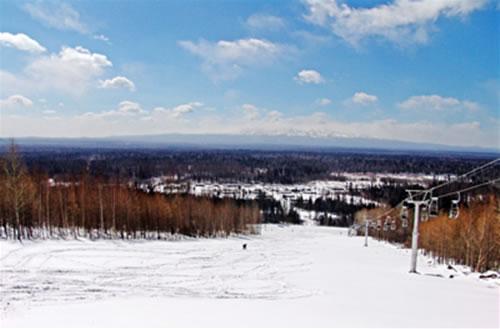 安图长白山和平滑雪场天气